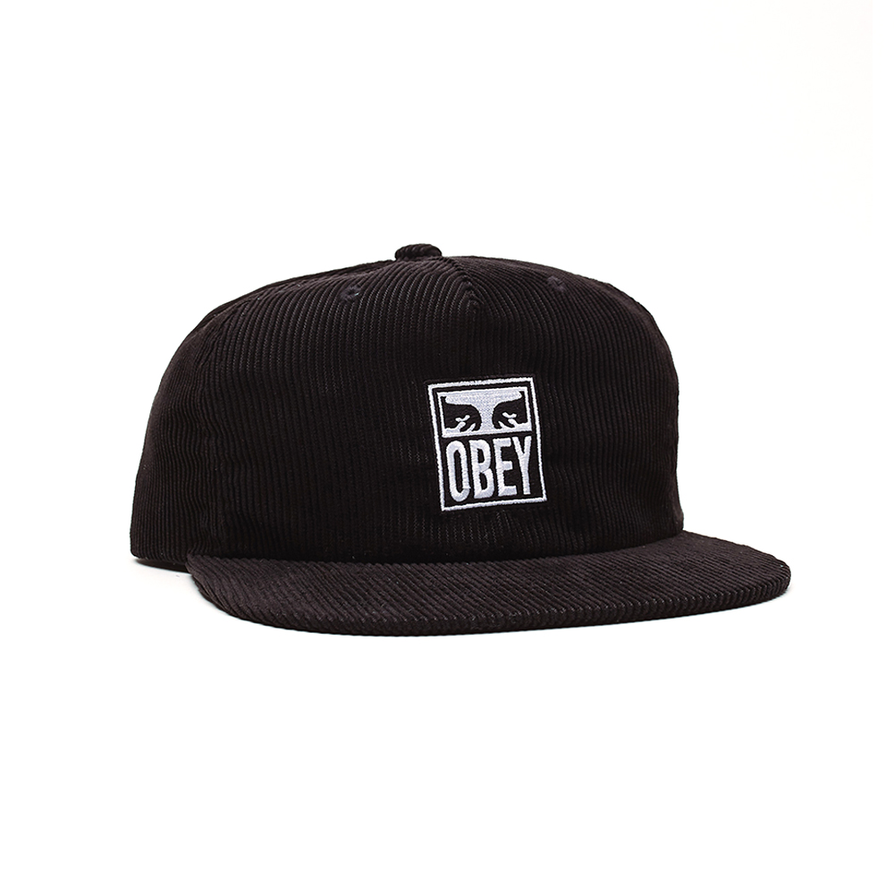 Now in stock Obey Vanish Strapback Beautiful mid profile height hat by Obey called Obey Vanish Strapback. Very Comfortable feel because it is made of soft feel corduroy. Finished with a iconic eyes with script piece by Shepard Fairey embroidered on the front. Productcode: 100570110 Adjustable Strapback to fit most Cotton corduroy One size fits most Black and Emerald variant This easy going headwear called Obey Vanish Strapback has a Black and emerald green color scheme variants.