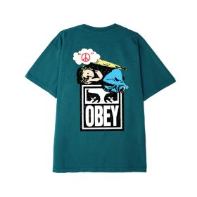 Now in stock the Obey Angel Heavyweight Classic Box T-Shirt HEAVYWEIGHT FABRIC CUSTOM BOX FIT. GARMENT DYE WITH SOFTENER WASH. 100% COTTON SKU: 166912191 Nu op voorraad de Obey Angel Heavyweight Classic Box T-Shirt