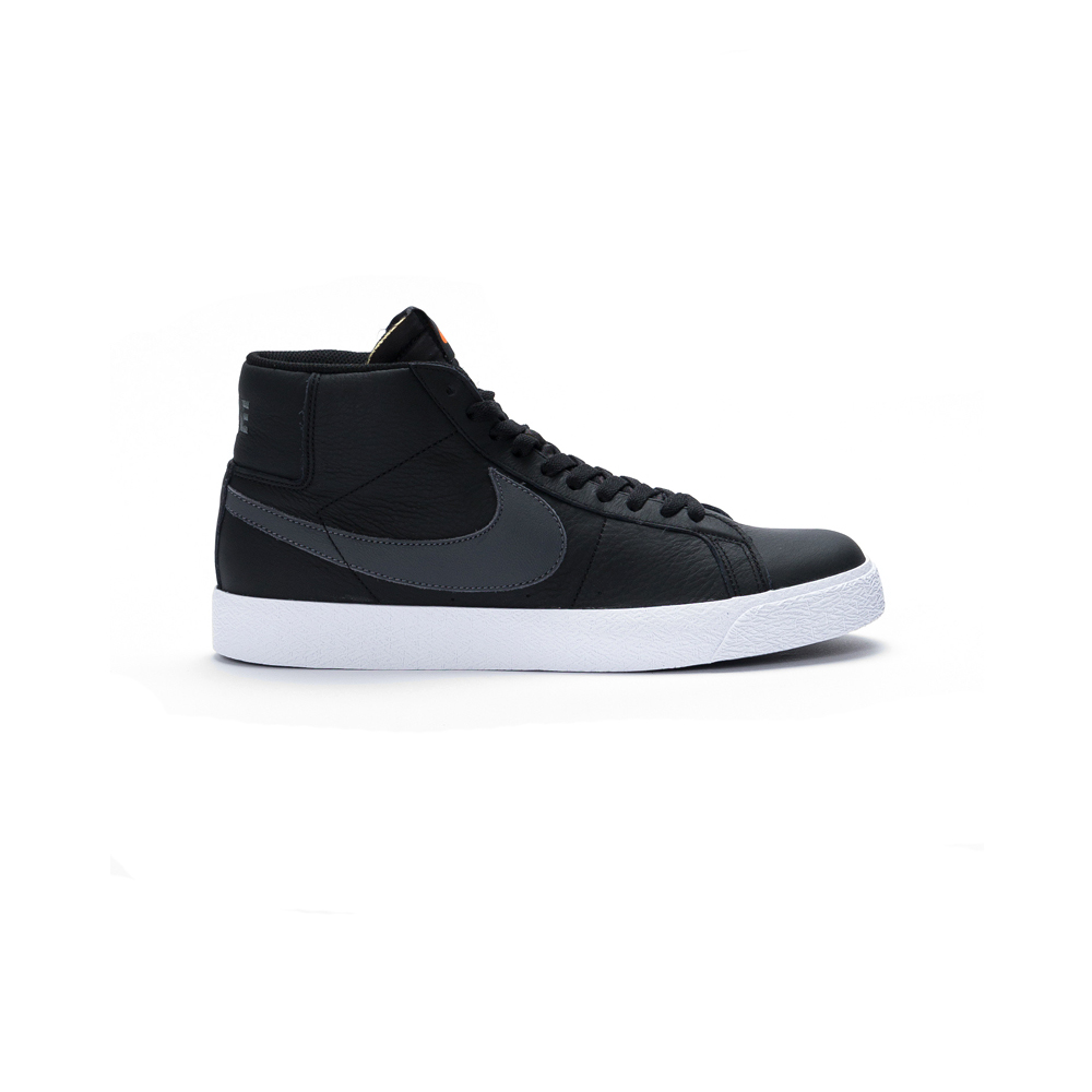 Now in stock the Nike SB Zoom Blazer Mid ISO Op zoek naar de Nike SB Zoom Blazer ISO Black? BLACK/DARK GREY-BLACK-WHITE CV4284-001 Nu op voorraad de Nike SB Zoom Blazer Mid ISO Klassieke Nike Blazer in SB versie de Zoom Blazer ISO Black.