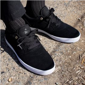 Emerica-Figgy-Dose-Black-White