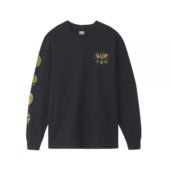 Now in stock Huf Year of the Rat LS Tee Productcode: TS01229-Black Crewneck long sleeve shirt Printed design Typical design with a twist Bamboo, fireworks and past years Right sleeve print