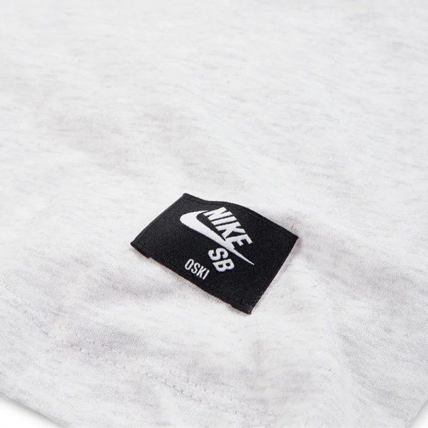 Now in stock the Nike SB x OSKi ISO Tee Birch Heather Orange Label Productcode:CJ0458-051 Short sleeve Orange Label ISO OSKi Shark swoosh Multi color