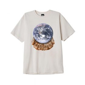 Now in Stock Obey Our Planet is in your hands Sago Op zoek naar Obey Our Planet is in your hands Short sleeve tee Sago? REGULAR FIT HEAVYWEIGHT FABRIC CUSTOM BOX FIT. GARMENT DYE WITH SOFTENER WASH. 100% COTTON. SKU: 166912596. Obey Our Planet is in your hands Sago for warmth and comfort If ordered now it will be at your door at high speed by fast shipping. Want to find fitting apparel? See Apparel by Obeyto find our matching items. In addition cross combine it in our web shop with Shoes, Apparel, Headwear, Specials, Hardware and Accessoires. More Obey info at Wiki or at the online headquarters at Obey. Looking for skateboard clothes, clothing, skate, urban or street wear? Our Fier skate shop stock holds some of the finest items of different brands like Obey, HUF, Carhartt WIP, Nike SB Orange Label, Vans and more. If it's for a fashion statement, daily use or even for the casual neat look and you will find something you will like. However, take your time and browse through our web shop in the categories like jackets, jeans, sweaters and shirt. In search for the one and only Fier hooded sweater? Our own home brand merchandise is also available in store and web shop. Besides the comfy hoody we also have Fier shirts, decks, fanny packs, socks and more Fier items in stock. Searching for Grail or hype purchases? These special items are only available via online raffle and special events. On our social media channels like Instagram we will host these in order for you to cop. So follow us on insta and like our fb page to stay up to date for these items. Whether it is a shock drop, quick strike QS or a very special Nike SB Dunk Pro release. Beware, we have noticed there are multiple accounts pretending to be us. In other words, Fier Skateshop is our only account! Don't forget to check out the sale page for lost pearls with outlet low prizes. New to the world of skateboarding? If you want to start skateboarding and find it hard to choose your first set up. You can always wal