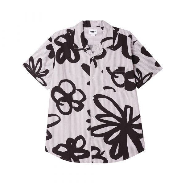 Now in Stock Obey Tommy Woven Shirt Gallnut? Op zoek naar Obey Tommy Woven Short Sleeve Shirt Gallnut Multi? MEN S ORGANIC COTTON STRIPE SHIRT W/ FLORAL PRINT. 100% COTTON. SKU: 181210310. Obey Tommy Woven Shirt Gallnut for warmth, style, sustainability and comfort If ordered now it will be at your door at high speed by fast shipping. Want to find fitting apparel? See Apparel by Obeyto find our matching items. In addition cross combine it in our web shop with Shoes, Apparel, Headwear, Specials, Hardware and Accessoires. More Obey info at Wiki or at the online headquarters at Obey. Looking for skateboard clothes, clothing, skate, urban or street wear? Our Fier skate shop stock holds some of the finest items of different brands like Obey, HUF, Carhartt WIP, Nike SB Orange Label, Vans and more. If it's for a fashion statement, daily use or even for the casual neat look and you will find something you will like. However, take your time and browse through our web shop in the categories like jackets, jeans, sweaters and shirt. In search for the one and only Fier hooded sweater? Our own home brand merchandise is also available in store and web shop. Besides the comfy hoody we also have Fier shirts, decks, fanny packs, socks and more Fier items in stock. Searching for Grail or hype purchases? These special items are only available via online raffle and special events. On our social media channels like Instagram we will host these in order for you to cop. So follow us on insta and like our fb page to stay up to date for these items. Whether it is a shock drop, quick strike QS or a very special Nike SB Dunk Pro release. Beware, we have noticed there are multiple accounts pretending to be us. In other words, Fier Skateshop is our only account! Don't forget to check out the sale page for lost pearls with outlet low prizes. New to the world of skateboarding? If you want to start skateboarding and find it hard to choose your first set up. You can always walk in so we can give you
